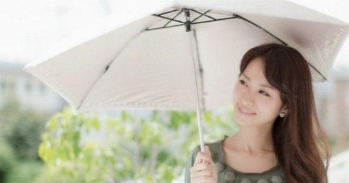 敏感肌の人にオススメなのが「日傘」