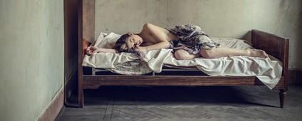 眠れないのはなぜ?不快な夜にぐっすり眠る方法