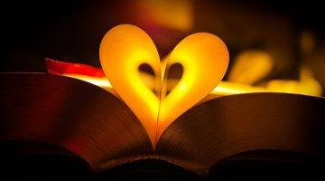 幸せいっぱい!読書7つのメリット