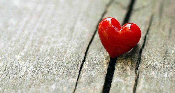 嫉妬しない方法を使って恋愛を前向きに発展させる5つの技
