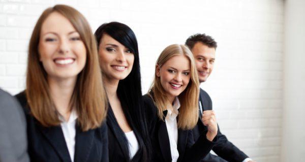 集団面接マナーの基本を習得して、採用を勝ち取る秘訣とは