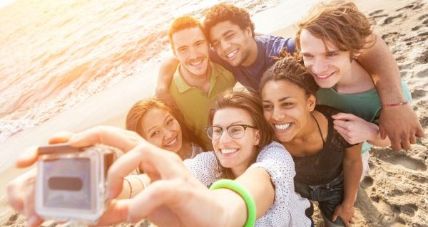 人に好かれる方法を知って友人関係を一気に広げる手順