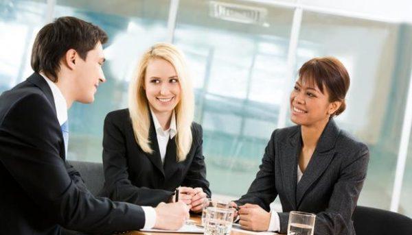 会話術を身につけて職場の人間関係を円滑にするコツ