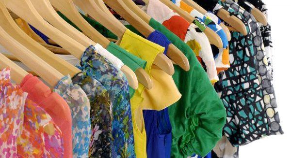 断捨離を実行して、積みあがった服を整理する5つの方法