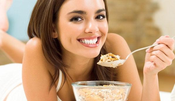 美肌になるには食事が重要!つやつやになれる5つの食べ方