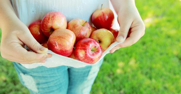 髪、肌、体の中をキレイにするリンゴ酢の3つの使い方