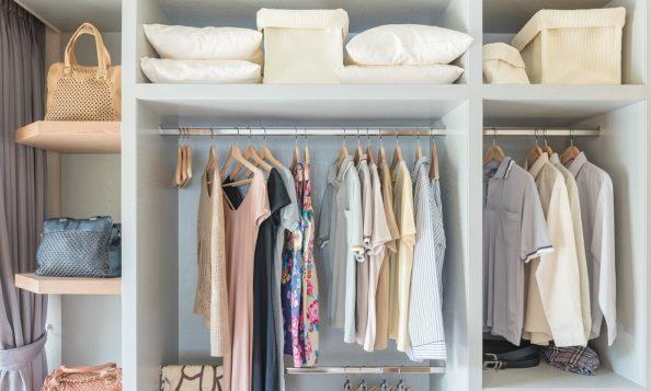断捨離で服を整理して、すっきり快適な部屋をつくるコツ
