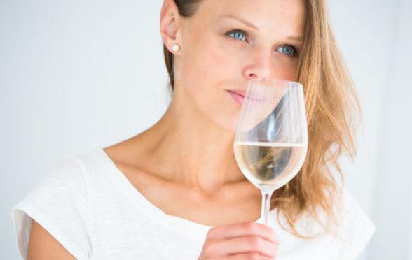 初心者が試したい、安くて美味しいワインの5つの見分け方