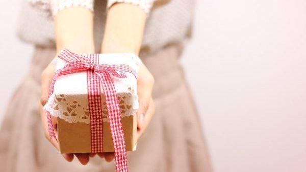 感謝の気持ちをこめたプレゼントをスマートに渡すコツ